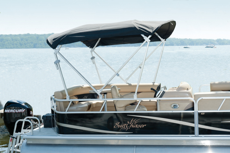 Pontoon Boat 23 ft - Half Day