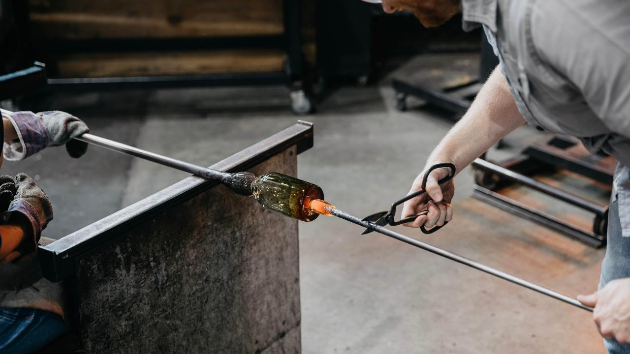 Glass blowing Spring camp