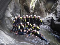 Team building 1/2 day: Canyoning program