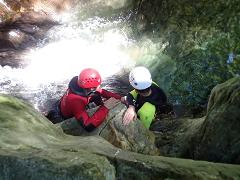 Adaptive 1/2 day: Canyoning program