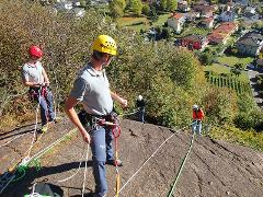 Abseiling 1/2 day: Basic