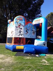 Looney Tunes 5 in 1 Combo Castle