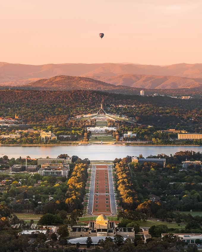 Private Canberra Day Tour