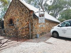 PRIVATE WINE TOUR FROM ADELAIDE 4 TO 8 PP