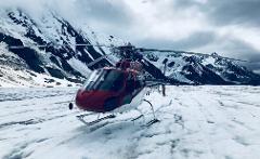 Denali Glacier Landing by Helicopter
