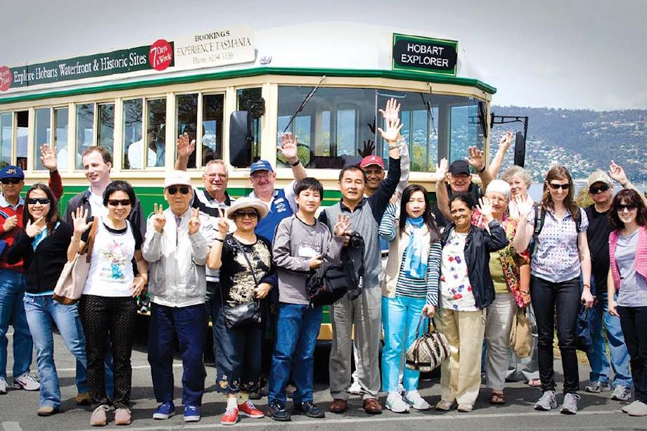 Hobart Morning City Tour by Tram Coach