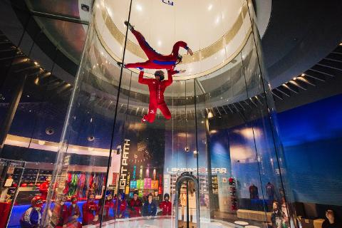 17_0228iFly_0548