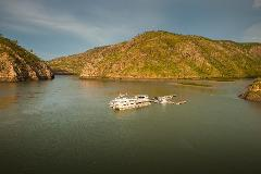 Horizontal Falls Discoverer (with fast boat ride) ex Broome