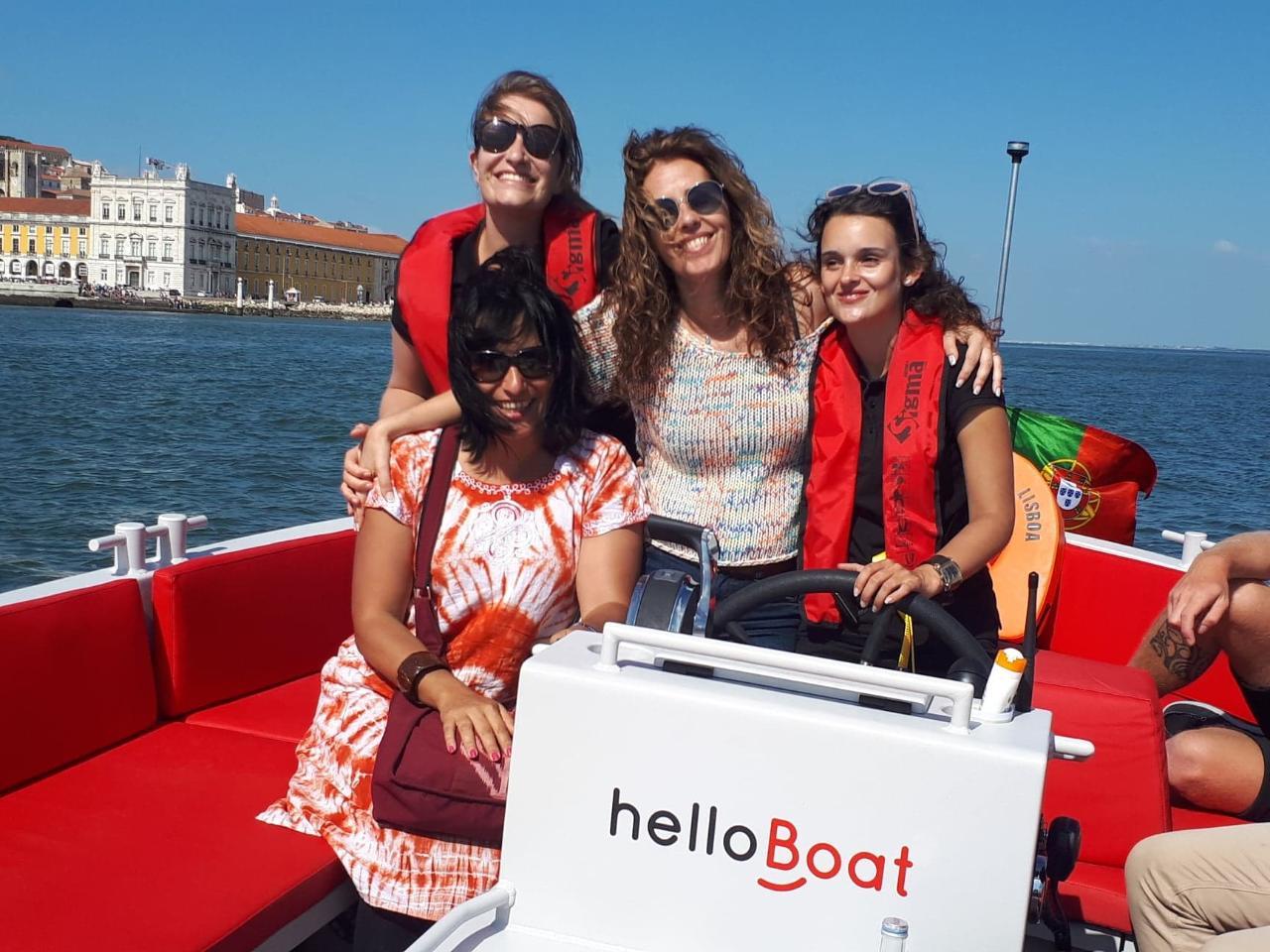 helloBoat happy sunset cruise