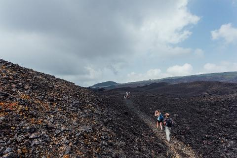 01fd10afc9a14ac798b167dda677b828Galapagos_Sierra_Negra_Volcano_69_of_72_June_15_jpg
