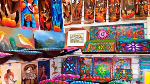 Otavalo_Market_ediiiitado