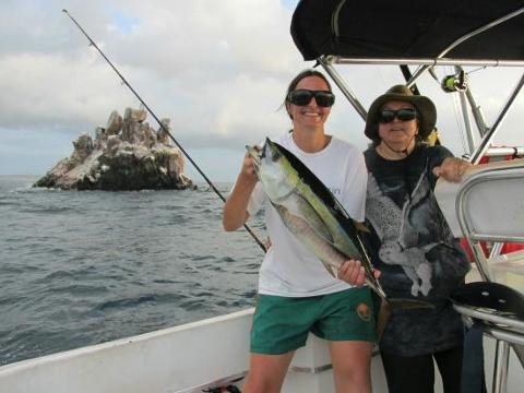 galapagos_eco_fishing__1_