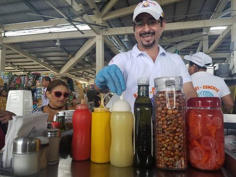 Food Markets Tour in Guayaquil