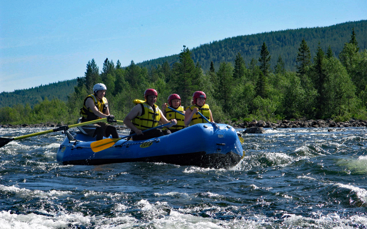 Pearl river rafting adventure