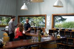 SOUTHBOUND ESCAPES - Elite Luxury Series - Full Day Private Tour - Shoalhaven Wineries with Pop Up Picnic - Ex Sydney