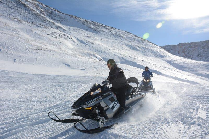 THE ROCKY MOUNTAIN CHALLENGE, 6 HOURS,  TWO GUIDED SNOWMOBILE TOURS, TWO SPECTACULAR RIDING AREAS, INCLUDES LUNCH &  GUIDE GRATUITY