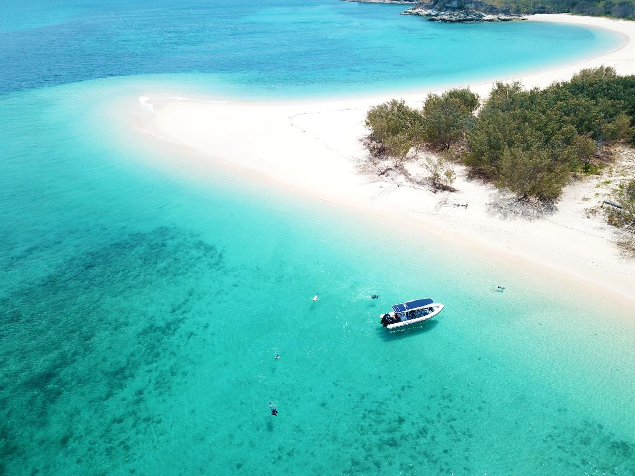 Great Keppel Island Hopper (5-IN-1) Cruise: Islands, Beaches, Reef, Snorkel and Lunch