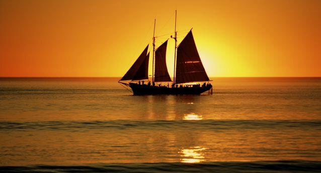 Sunset Pearl Lugger Cruises