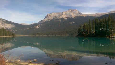 Shoreline Walks & Sights at Emerald Lake - Sunday – Easy