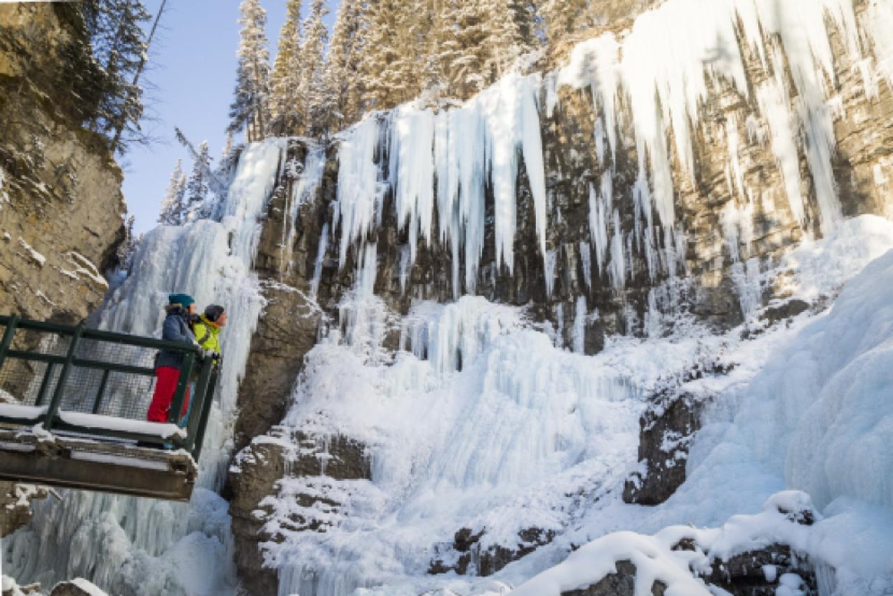 Johnston Canyon Icewalk - AM