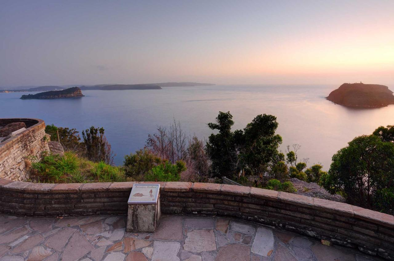 Private Northern Sydney Beaches and National Park Tour
