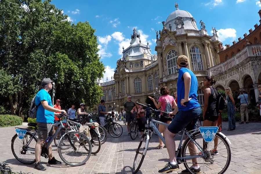Wheels & Meals Bike Tour