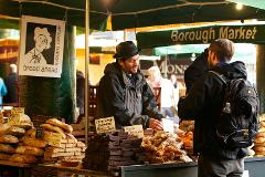 Eat 8 British Foods & See 30+ Sights! Walking Tour. Private Group