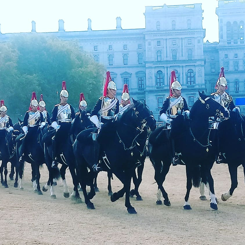 British Royalty : Changing Of The Guard