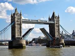 Visit the Tower Bridge Museum & See 30+ London Top Sights