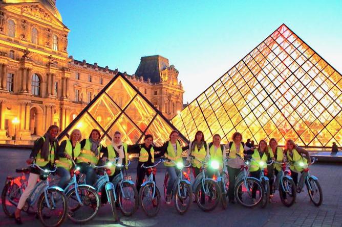 Paris Night Bike + Boat Tour