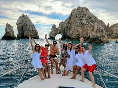 Private Yacht 4 Hours- Swimming, Snorkeling & Paddle Boarding