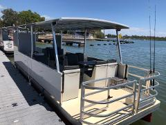 Half Day: 12 Person Luxury Pizza / BBQ Boat Pontoon - With Toilet