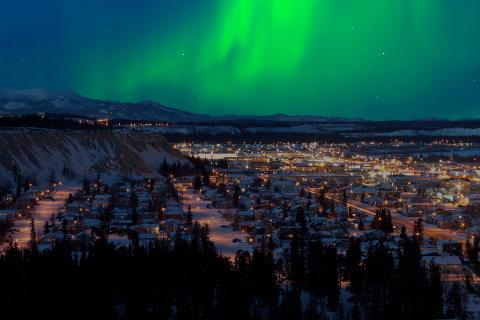 Whitehorse_Aurora_Borealis_Northern_Lights___nicth_teilen