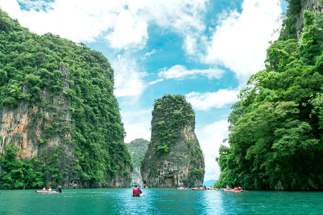 007 James Bond Island Tour & Canoeing Experience