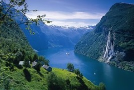 Glacier & Geiranger (Private 1-7 Passengers) - Stryn