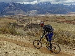 Sacred Valley´s technical downhill for mountain biking lovers