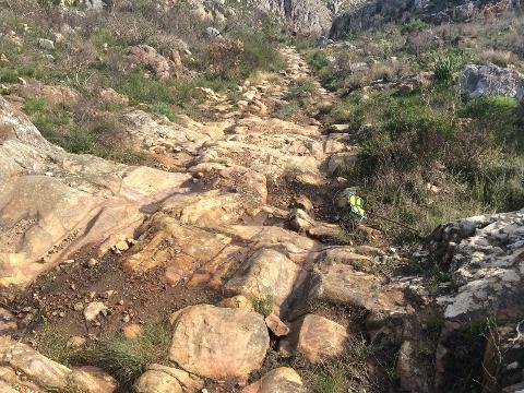 4x4_off_road_adventure_experience_steps_to_walk_down_terrain_mountain_trail