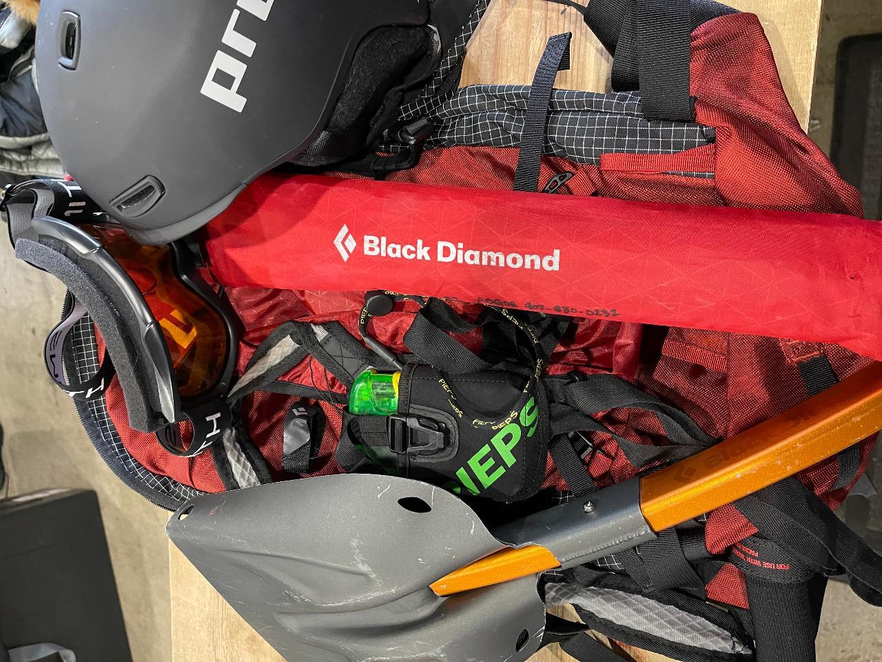 BC Access Pkg: Beacon/Probe/Shovel/Goggles/Helmet/BackpackAvalung