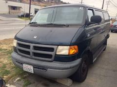 Vehicle VAN - 2001 Dodge 2500