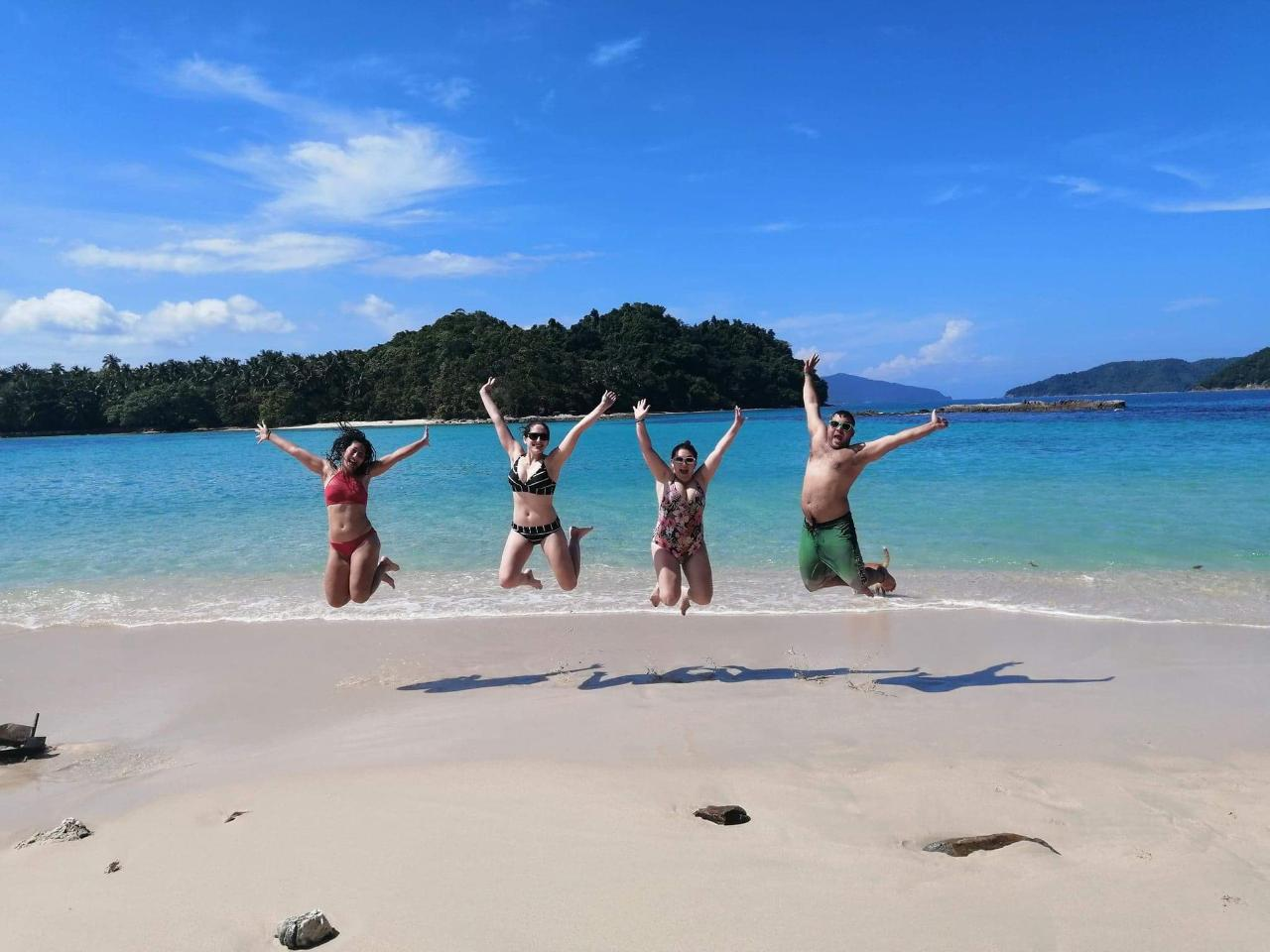 10 Days Do The Philippines Adventure Tour - Palawan Islands - Open Dated