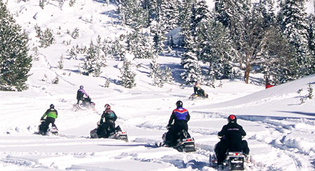 TT - Winter - Continental Divide Full Day Snowmobile Tour