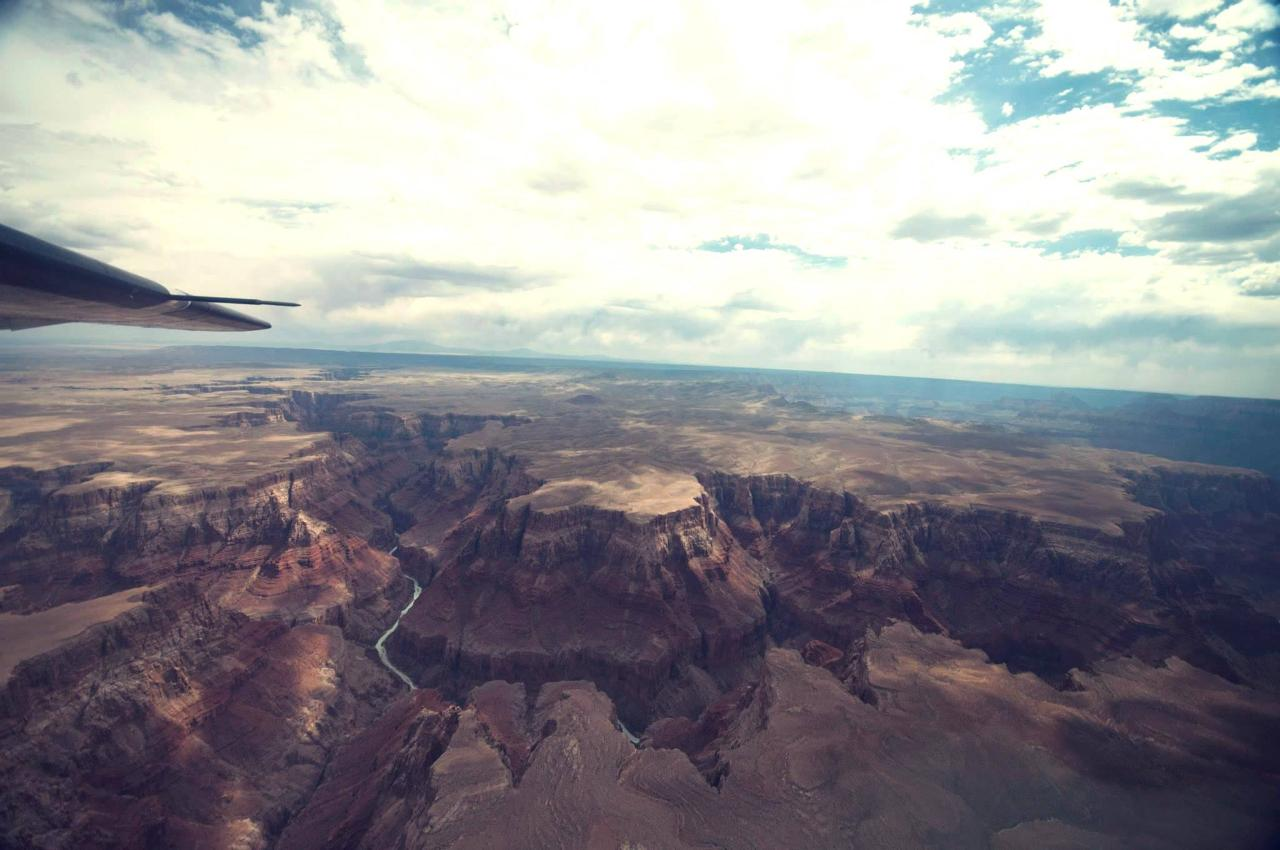 Grand Canyon Aerial Tour from FLG