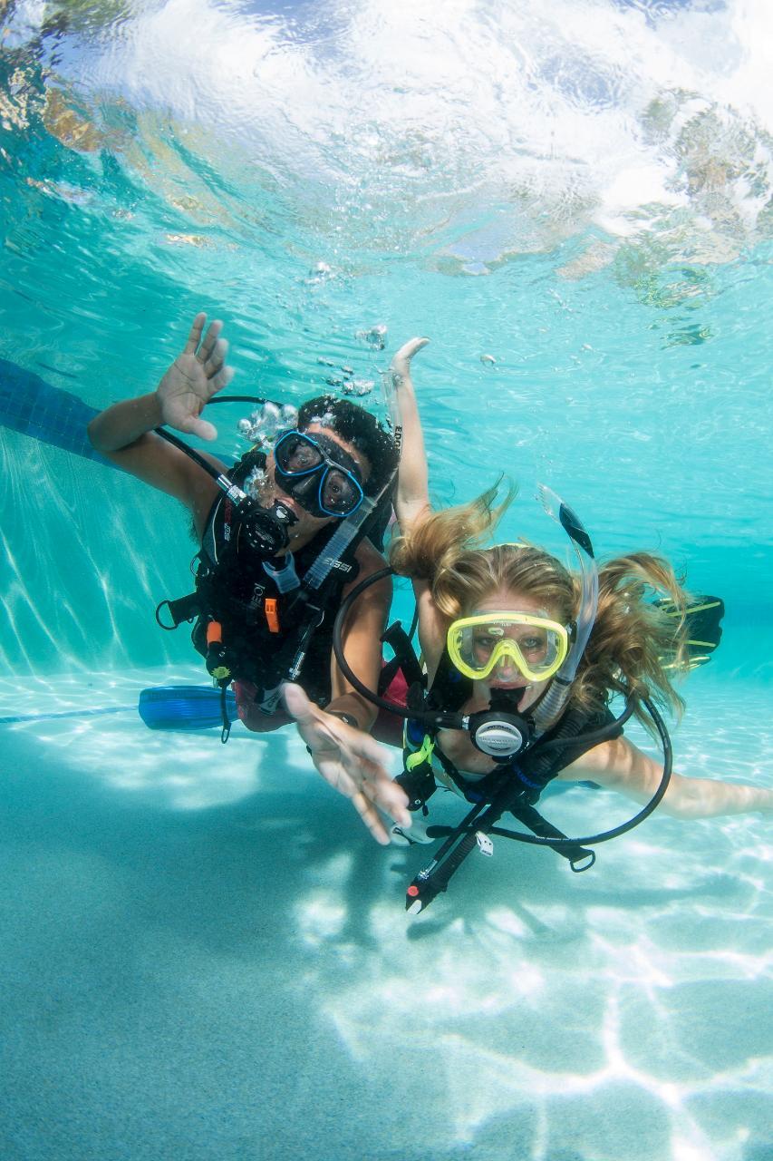 Scuba Refresher Courses - Pool