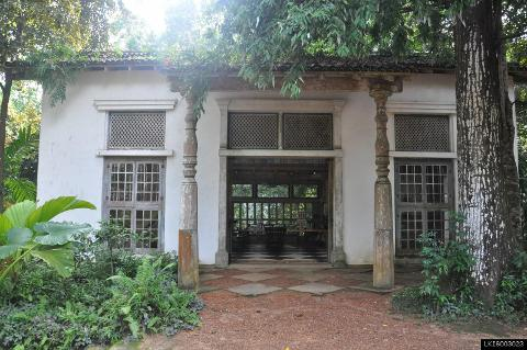Lunuganga Estate, Turtles and Madu River from Galle