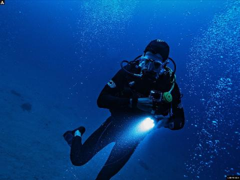 Scuba Diving Adventure Tour in Unawatuna