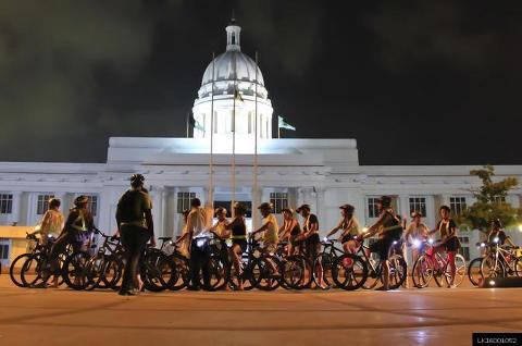 Colombo Night Cycling (Private + Guided)
