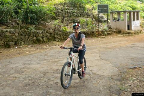 Guided Cycling Tour to Hunas Falls