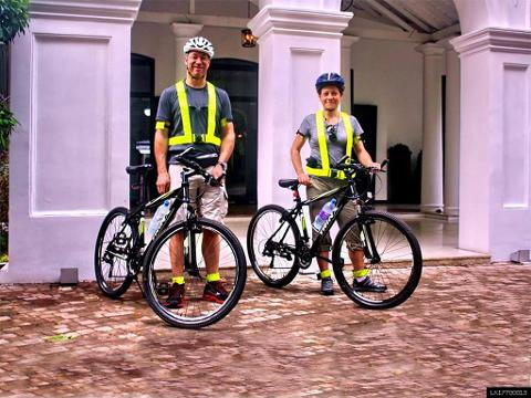 Discover Colombo by Cycle in the Morning (Shared + Guided)