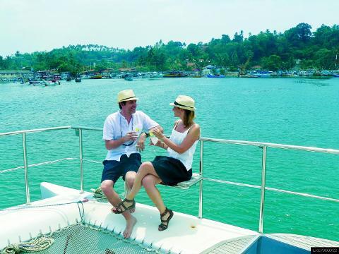 6 Night Cruise Vacation in Mirissa