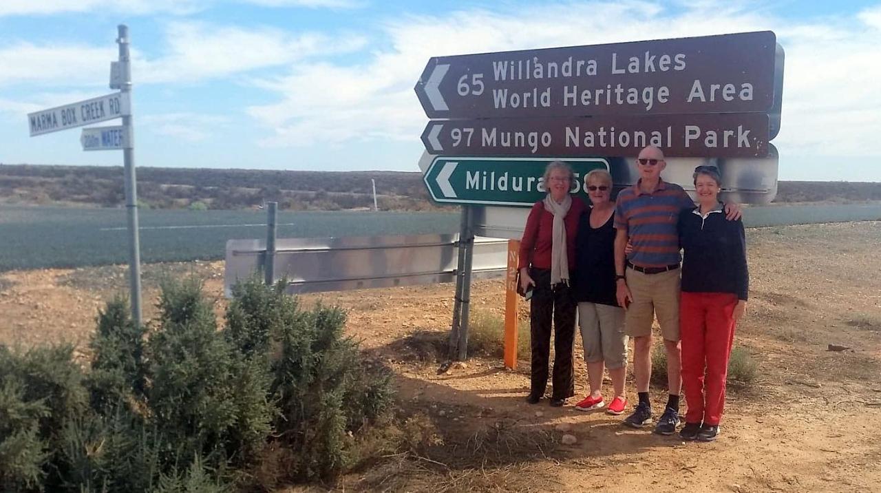 Mungo National Park Darling River Run Broken Hill Sydney to Sydney 6 days